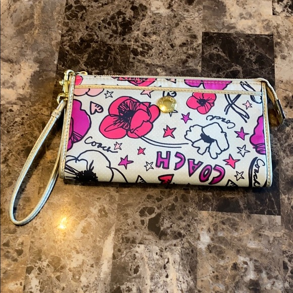 Coach Handbags - Coach Kyra Poppy Zipper Wallet